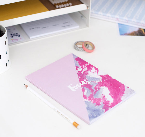 Focus notebook (pink)