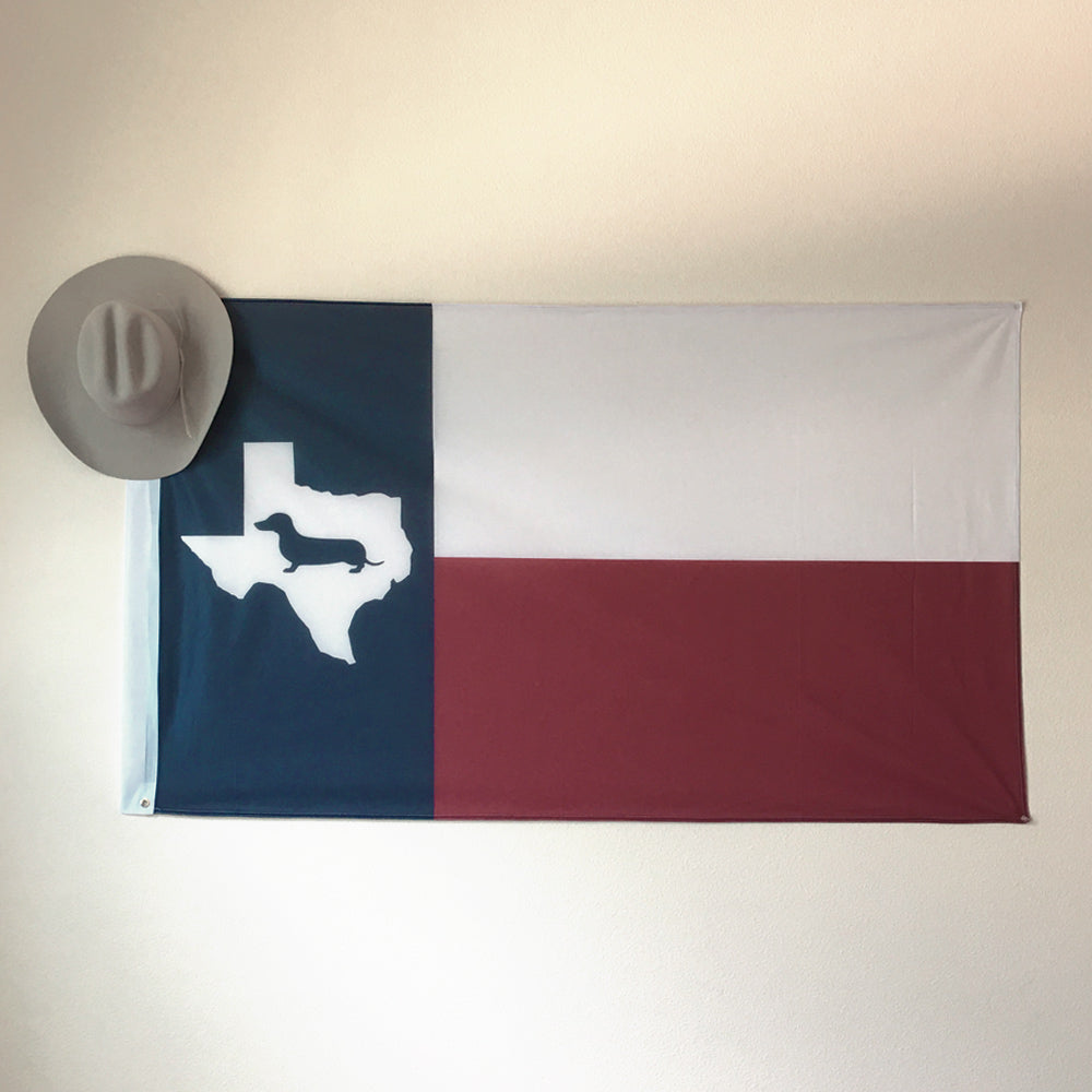 Texas State Doxie Dorm Flag