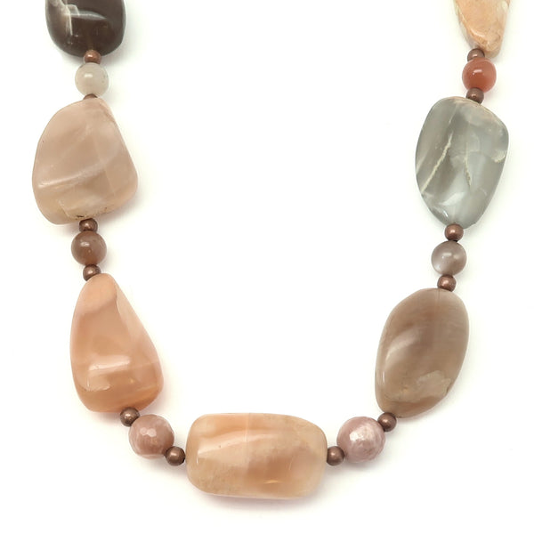 Moonstone Necklace 25 - Chunky Peach White Beaded