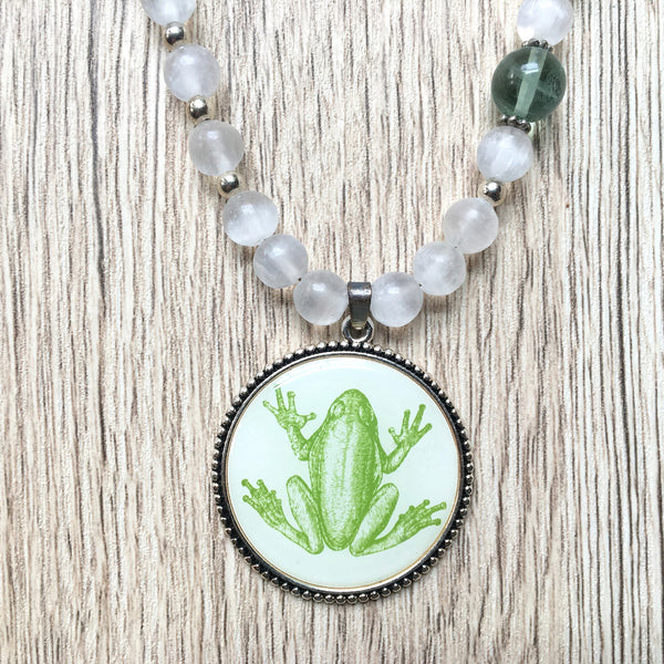 Selenite Necklace 09 Frog Green Fluorite