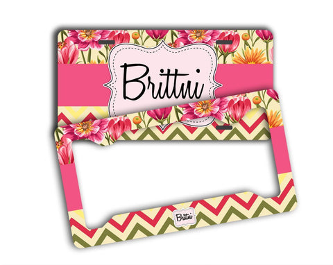 Pretty monogrammed car tag or frame - Chevron car decor- Monogrammed gifts
