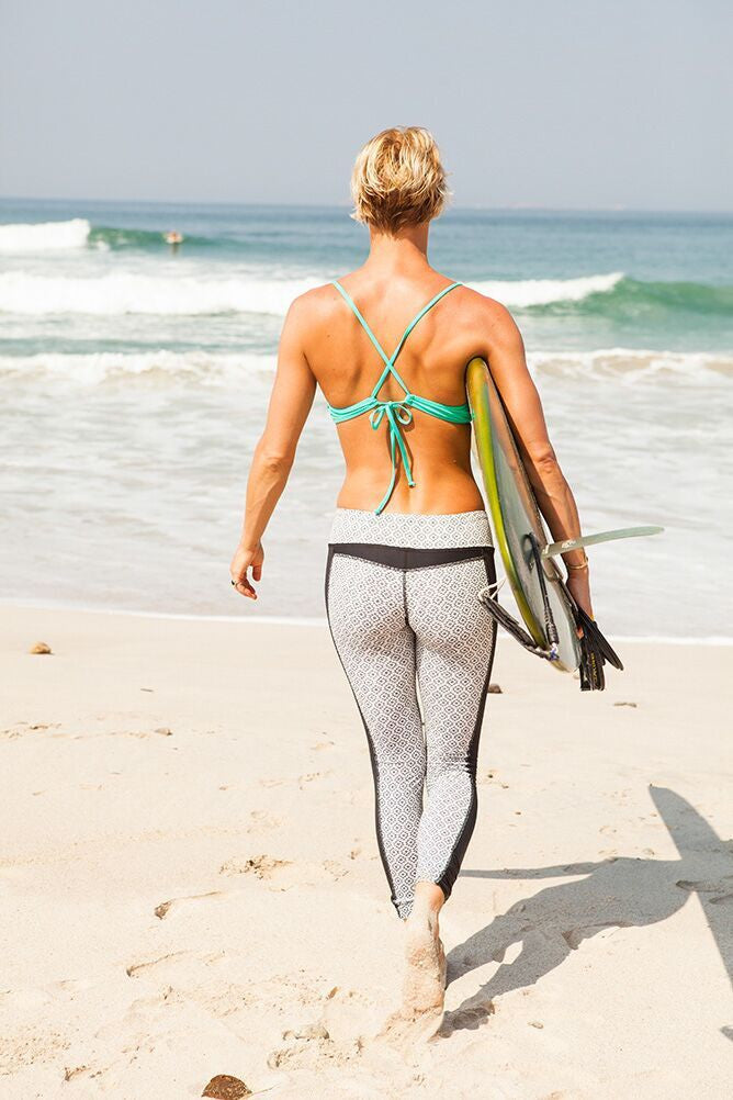5 Reasons Surfers LOVE These Swim Leggings & Tights