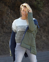 Load image into Gallery viewer, Estes Ombre Sweater: Hunter Fade