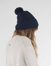 Load image into Gallery viewer, Whitmore Beanie : Navy