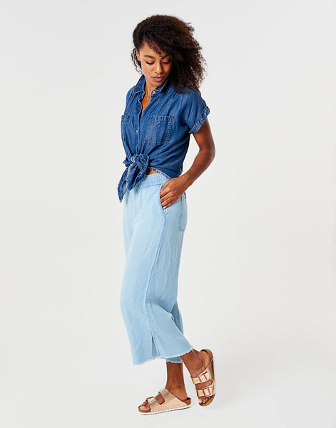Riley Pant : Light Chambray