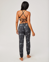 Load image into Gallery viewer, Avery Beach Pant: Black Wailuku