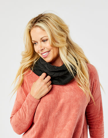 Walsh Infinity Scarf: Black