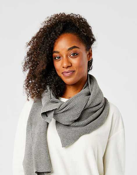 Zapata  Scarf: Pewter Heather