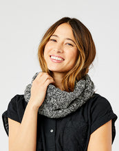 Load image into Gallery viewer, Walsh Infinity Scarf: Marled Limestone