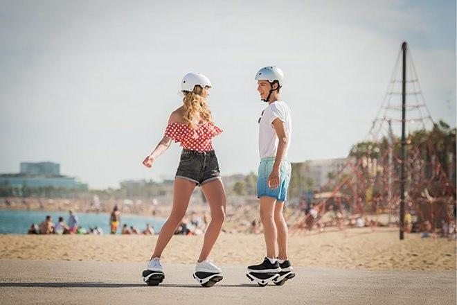 Segway's Drift W1 e-Skates Hovershoes put robot wheels on your feet