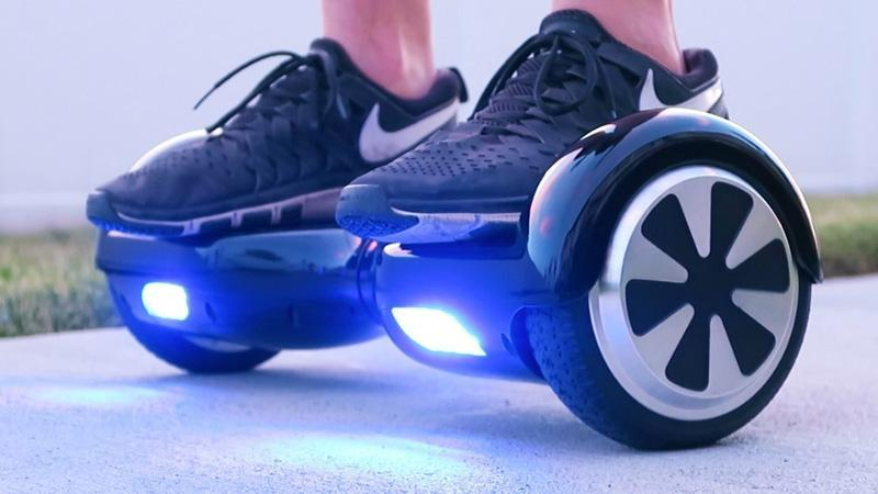 THE BENEFITS OF USING   HOVERBOARDS