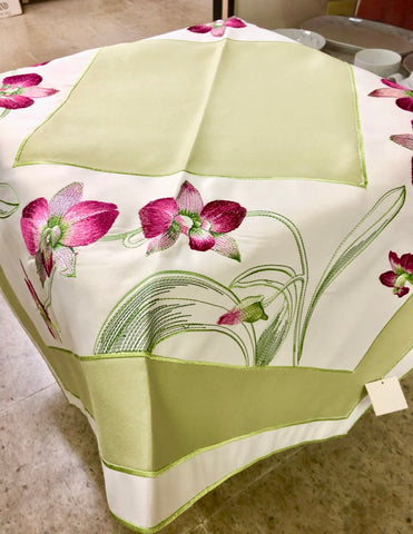 Orchid Table Topper