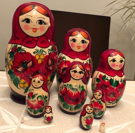 Classic Red Nesting Dolls - set of 10