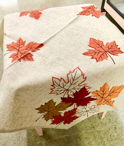 Maple Leaf Autumn Table Topper
