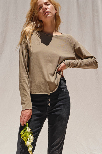 L/S Raglan Tee <br> Light Olive