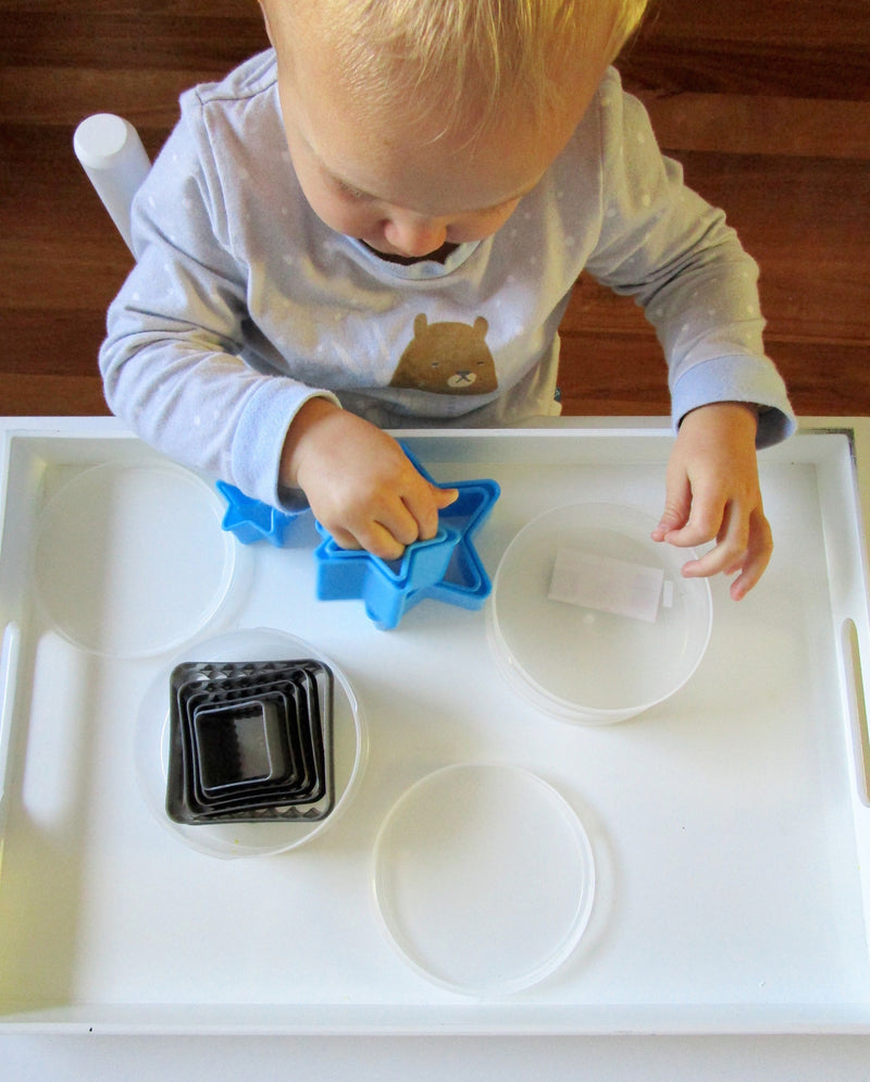 Tray Play- ideas for kids
