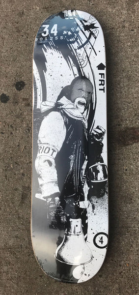 "WK Interact ""Riot"" Skateboard"