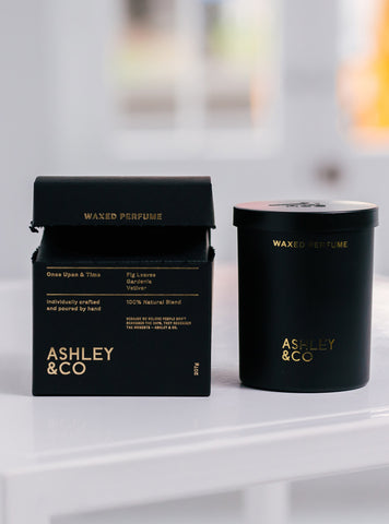 products/Ashley-and-Co-Candle-open.jpg