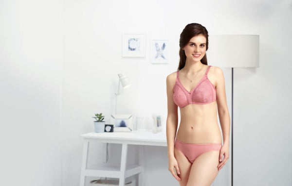 d315634b16941 Non padded bras are also perfect as training bras for young girls as they  are comfortable and soft. This article will cover everything you need to  know ...