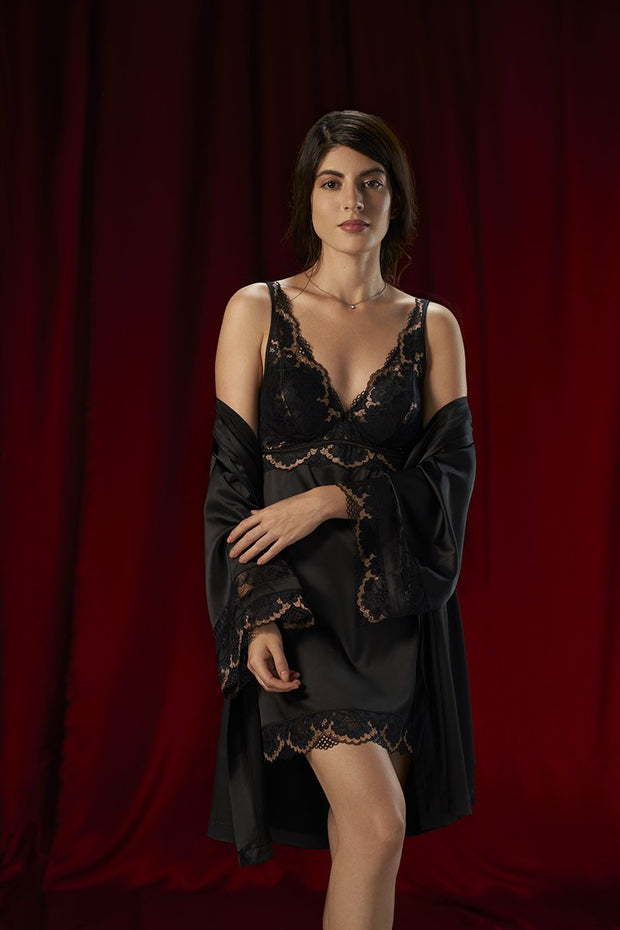 Eternal Romance Satin Lace Robe S / Black - amanté Sleepwear