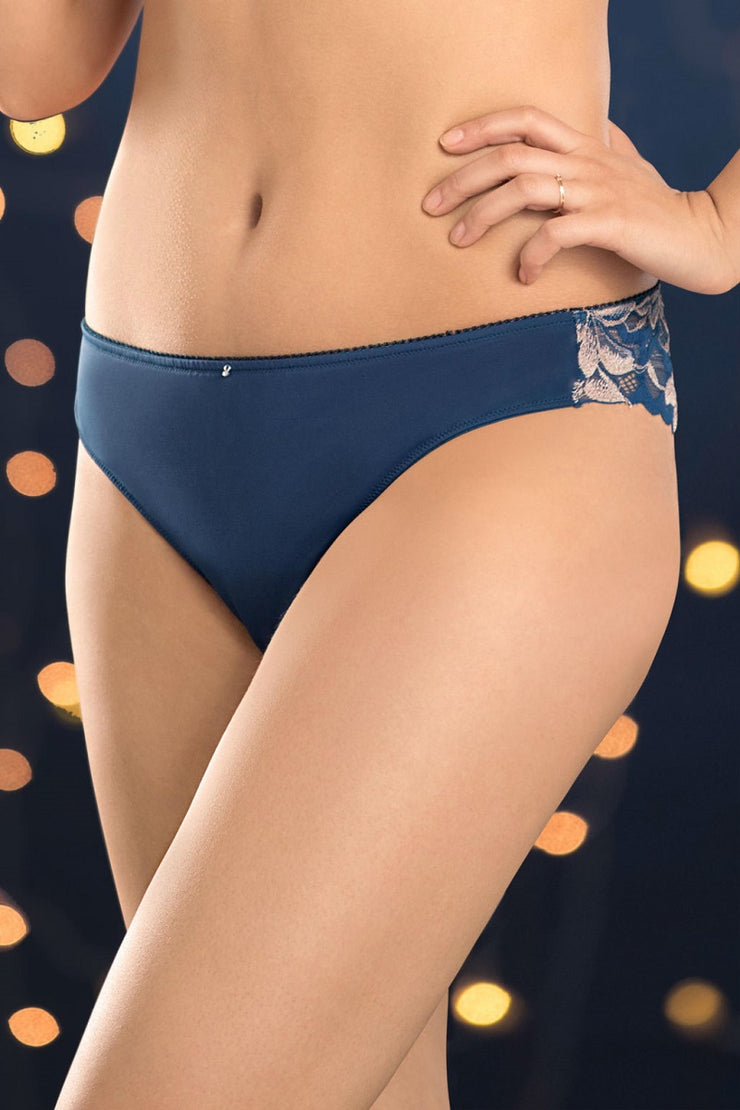Lace Bloom Brazilian S / Gibraltar Blue - amanté Pantie