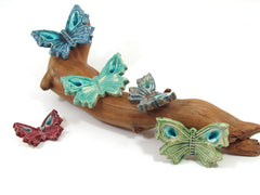 Wedding favor – Ceramic butterflies in a color of your choice (set of 6) - Ceramics By Orly  - 6