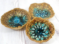 Ceramic bowls set (of 3) with vintage lace pattern in brown and turquoise - Ceramics By Orly  - 6