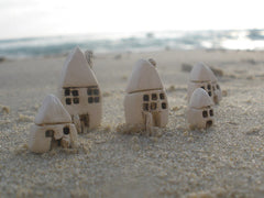 A set of tiny ceramic rustic beach cottage - miniature houses Home decoration Collection Little houses Miniature sculpture - Ceramics By Orly  - 4