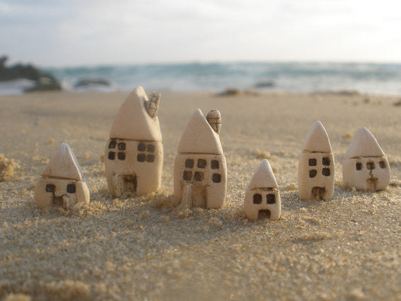 A set of tiny ceramic rustic beach cottage - miniature houses Home decoration Collection Little houses Miniature sculpture