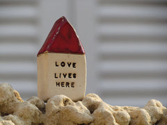 Love lives here Message houses Miniature houses Little rustic houses Red house Ceramic house Cottage Custom Note house Fall decoration - Ceramics By Orly  - 5