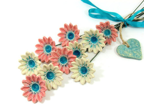 Ceramic flowers in a color of your choice (set of 5)