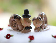 Snail cake topper Funny wedding cake topper Animal cake topper - Ceramics By Orly  - 1