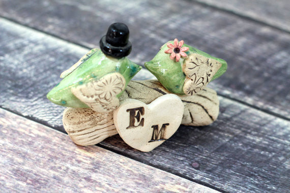 Love bird wedding cake topper, Birds cake topper, Custom cake topper Personalized topper for wedding - Ceramics By Orly  - 1