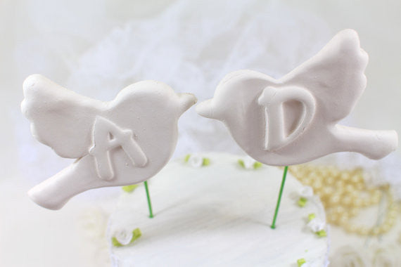 Bird Wedding cake topper Custom cake topper Initials cake topper Love birds wedding cake topper Gift for the bride bridesmaid