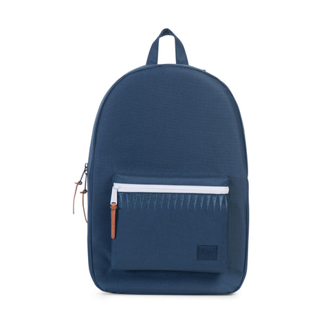 SETTLEMENT 600D POLY BACKPACK