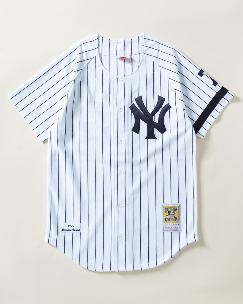 new product a706e dfb1d 1995 YANKEES MARIANO RIVERA #42 AUTHENTIC JERSEY, WHITE/NAVY PINSTRIPES