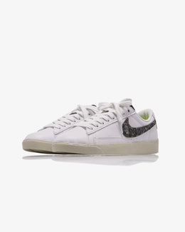 WOMEN'S NIKE BLAZER LOW SE
