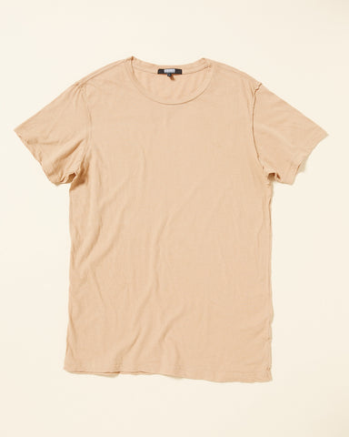 ELONGATED T-SHIRT WITH EXPOSED SEAM