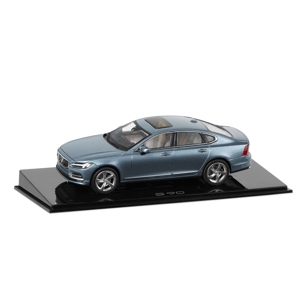 1:43 Scale Volvo S90 In Mussel Blue By Norev 30673535
