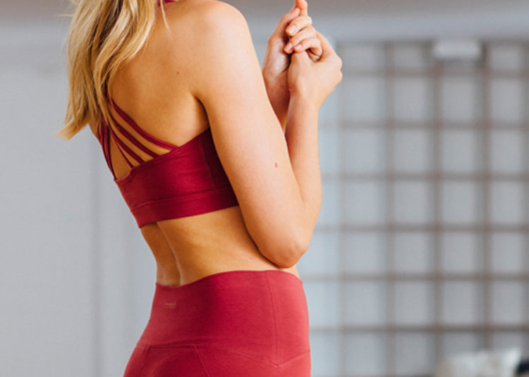 High Waist Legging und Yoga Bra in rot