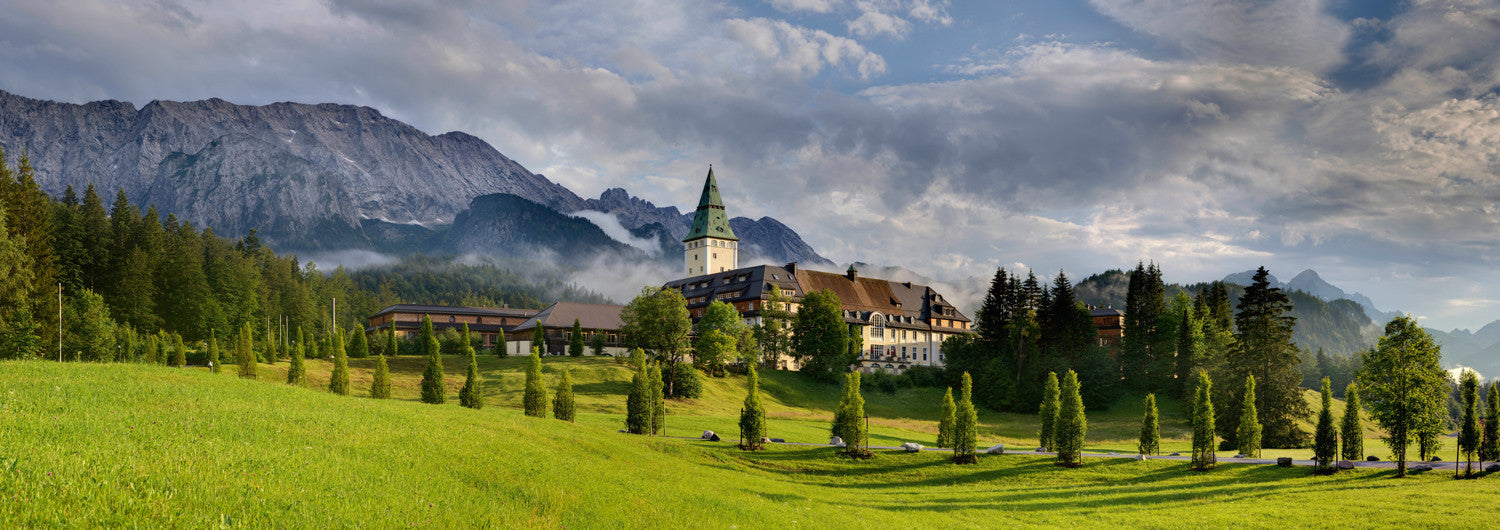 Yoga Resort Schloss Elmau in Bayern