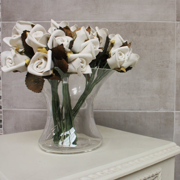 Clay Grey Wall Tiles with Flowers and Dresser