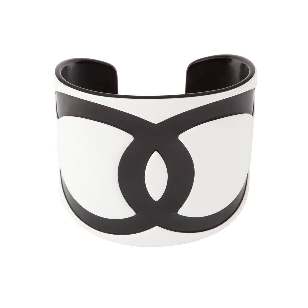 2000 Chanel Lucite Bangle