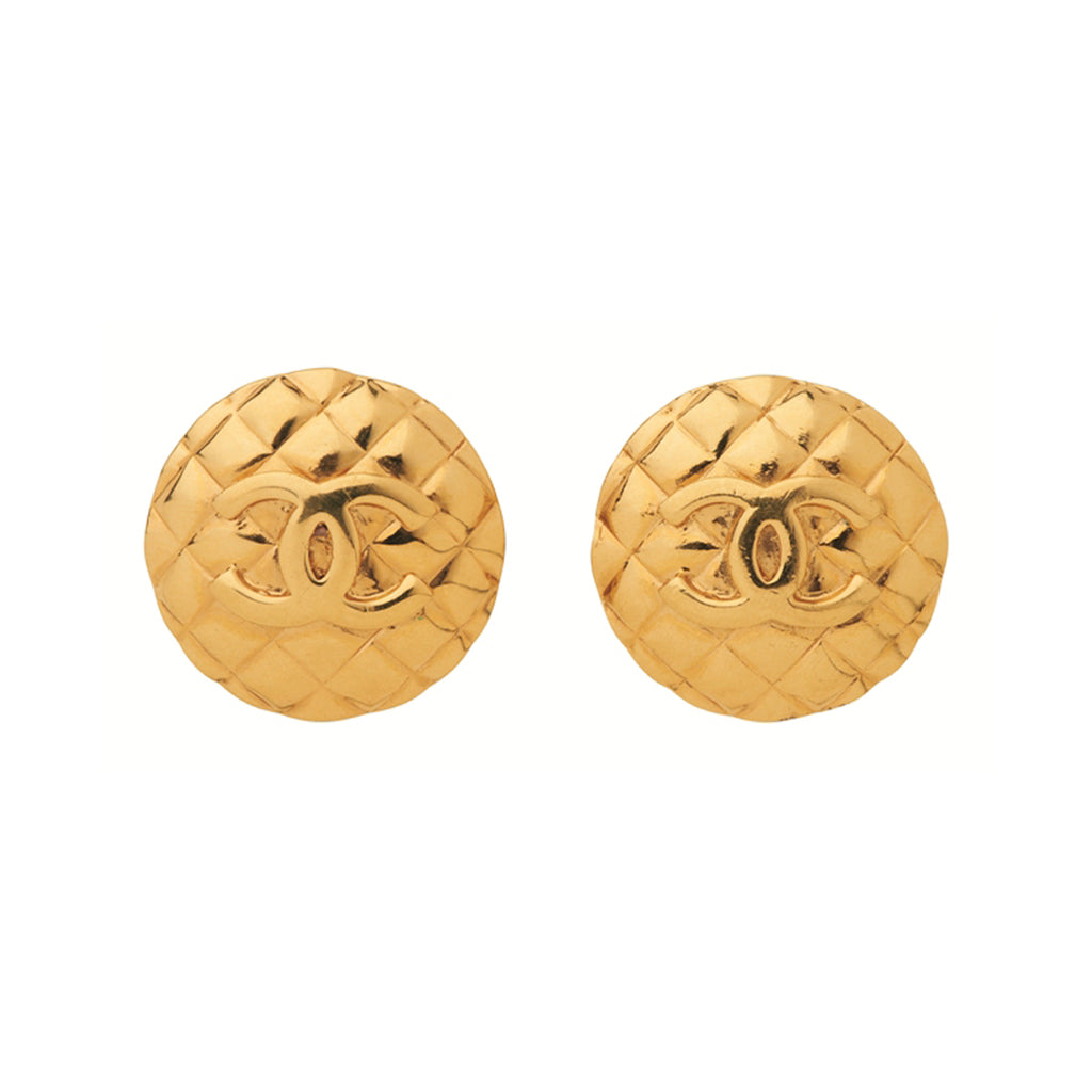 1980s Vintage Chanel Quilted Round Clip-On Earrings