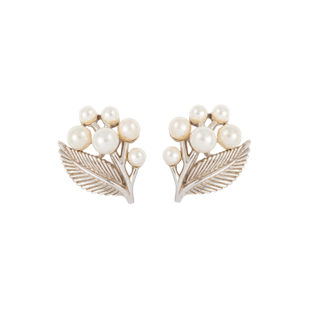 1960s Vintage Trifari Faux Pearl Clip-On Earrings