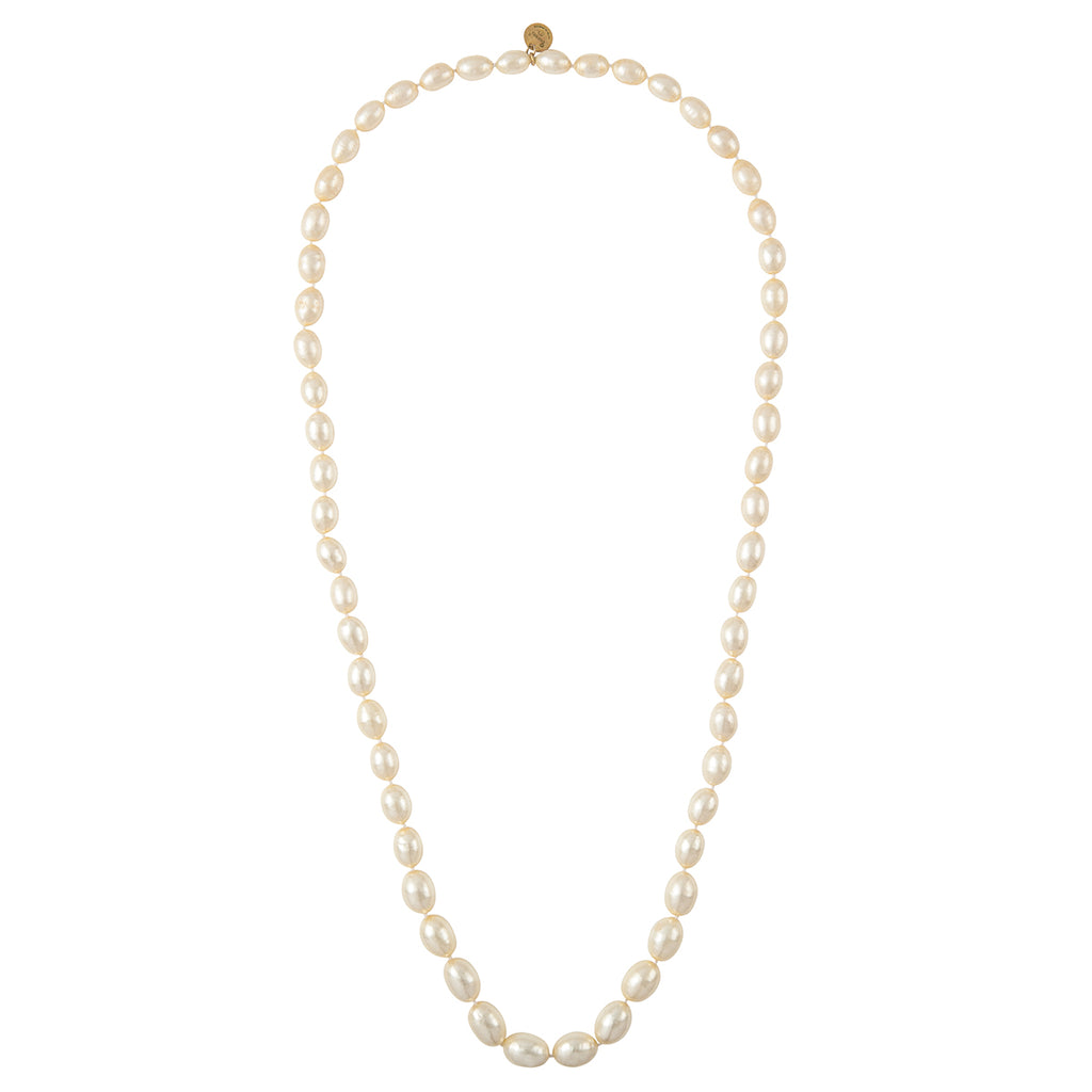 1970s Vintage Chanel Faux Pearl Necklace