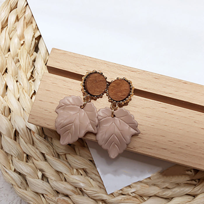 (Pre-Order) Beige Asymmetrical Earrings 19