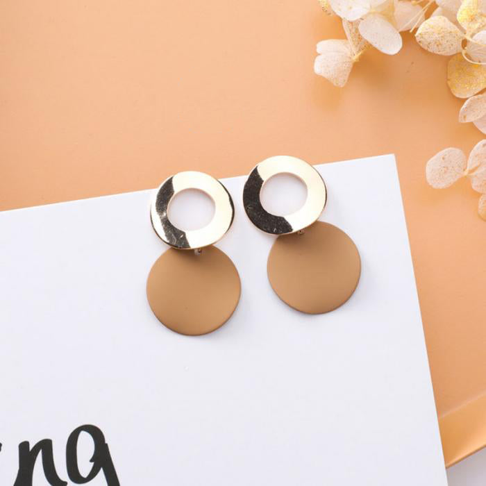 (Pre-Order) Beige Drop Geometric Earrings 1