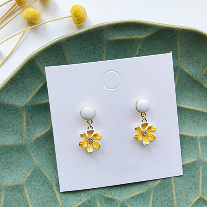 (Pre-Order) Yellow Asymmetrical Earrings 21B3