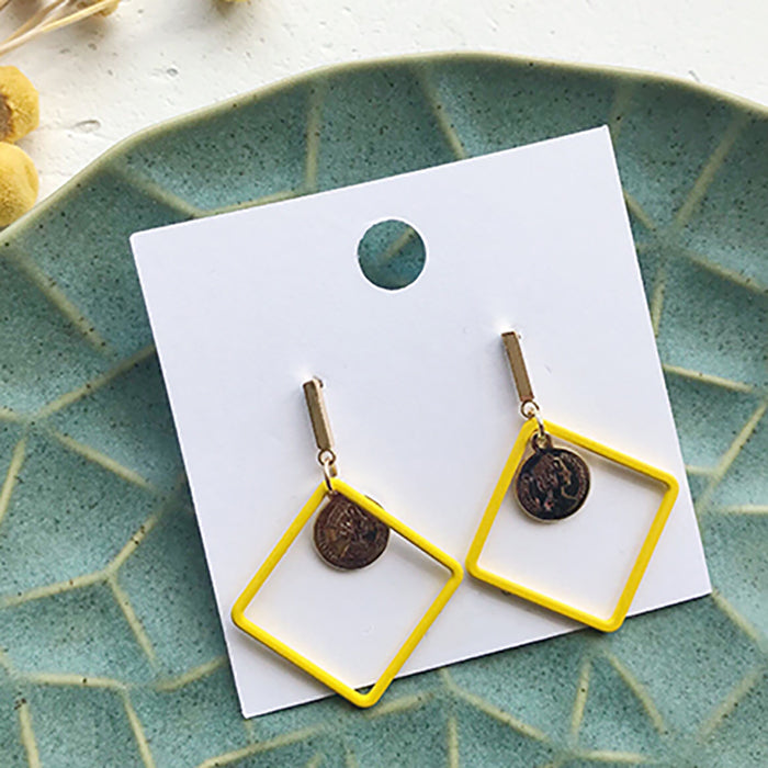 (Pre-Order) Yellow Asymmetrical Earrings 21I